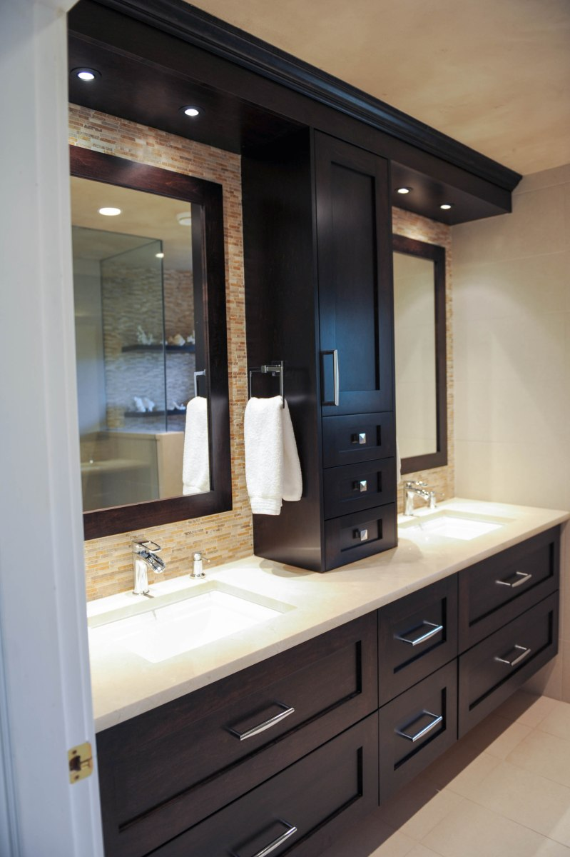 Main Bath, double vanity, custom cabinetry, crèmemarfile marble countertops